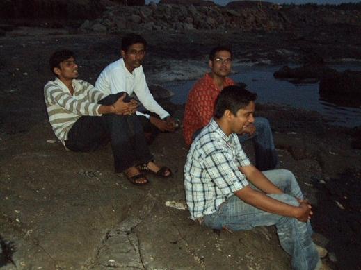 Vicky Nandode, Tushar Mahajan, Milind Nikam, Manoj Khairnar, Taufiq